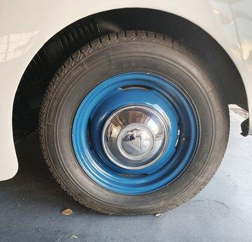 12. Alvis tyre.jpg