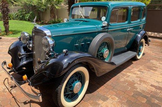 1933 Chev front 34 left.jpg