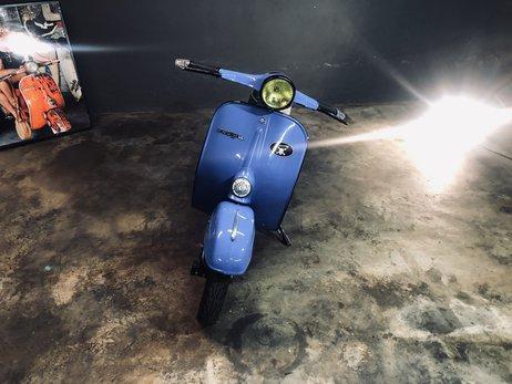 1962 Vespa Primavera 125 Light Blue (17).JPG