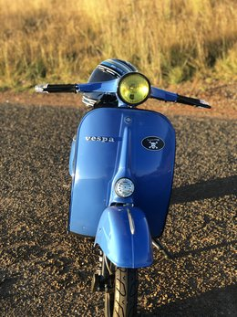 1962 Vespa Primavera 125 Light Blue (6).jpg