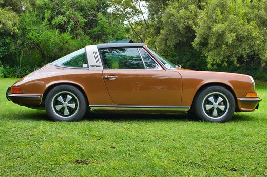 1973 Porsche 911T Targa tight rs.jpg