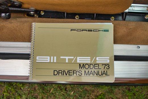 1973 Porsche 911T Targa tight rsx.jpg