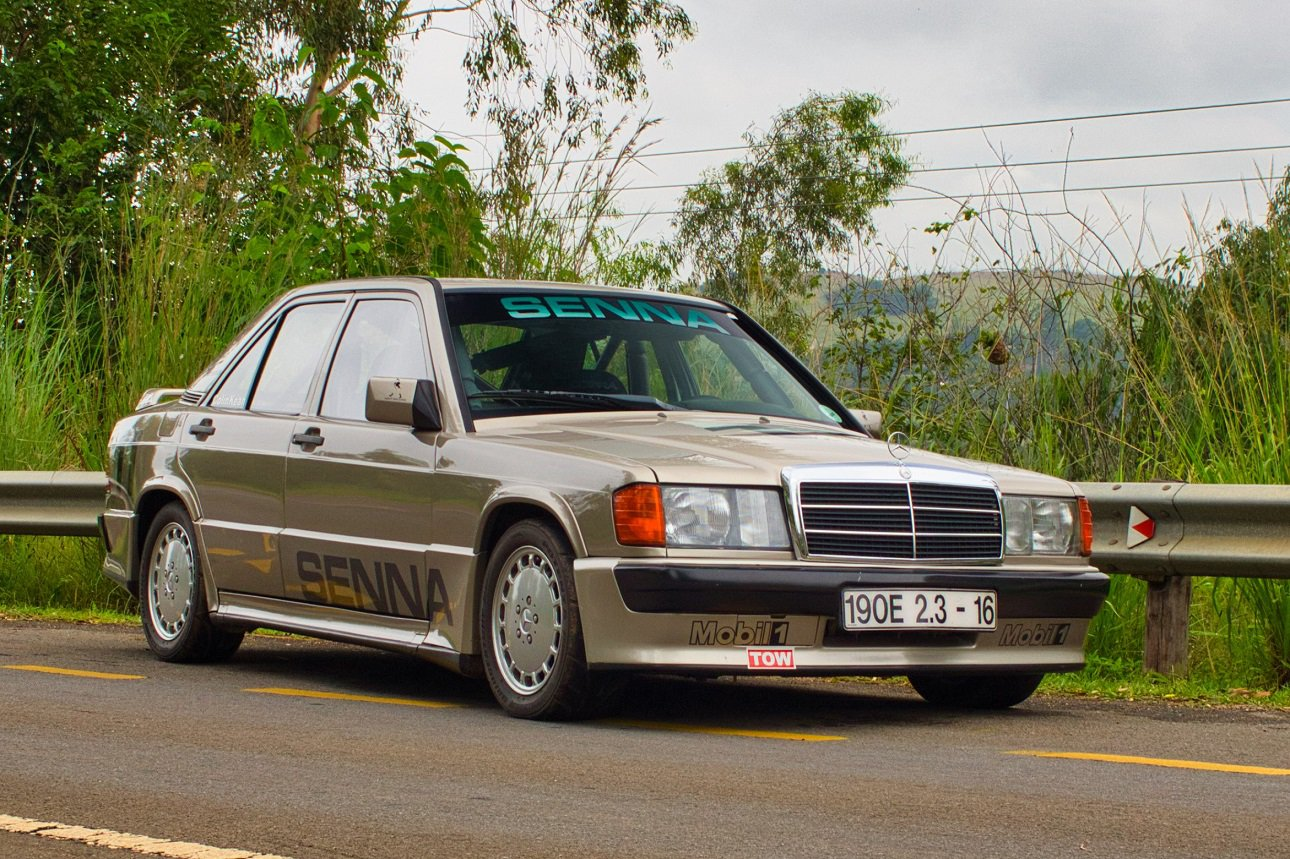 Mercedez-Benz 190E Cosworth
