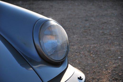 1989 Porsche 911 Cab (26).jpg