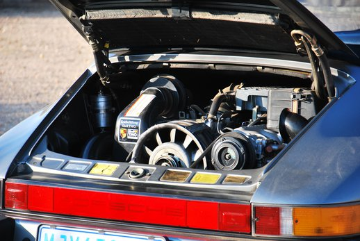 1989 Porsche 911 Cab (34).jpg