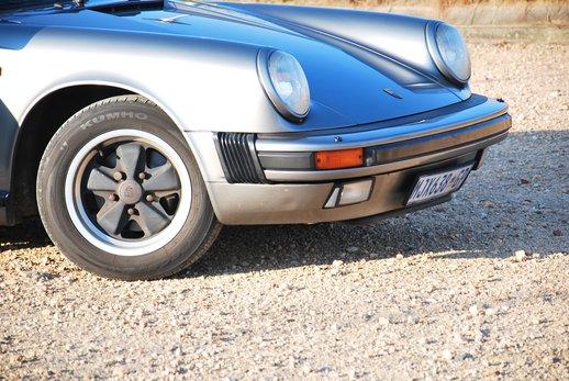 1989 Porsche 911 Cab (41).jpg