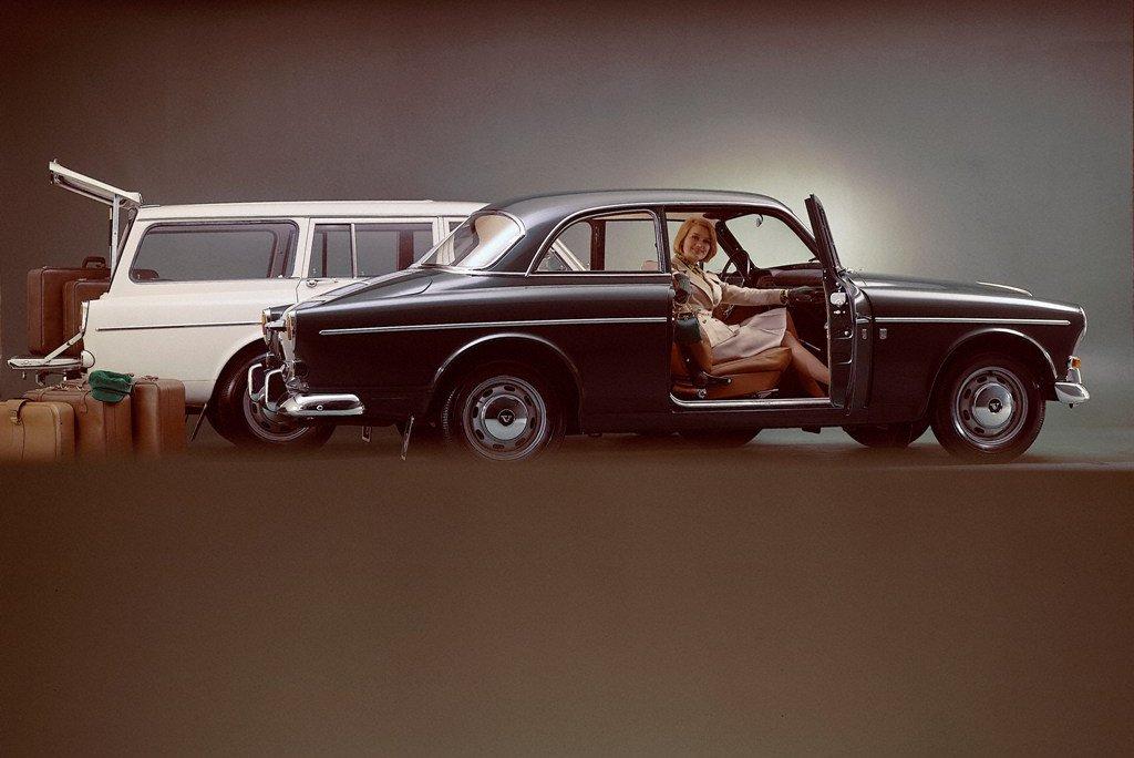 5733_Volvo_122_S_and_P220_Amazon.jpg