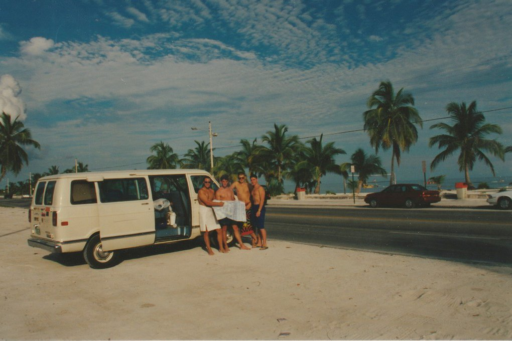 Along-the-Florida-Keys.jpg