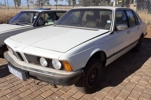 BMW728 (14).jpg