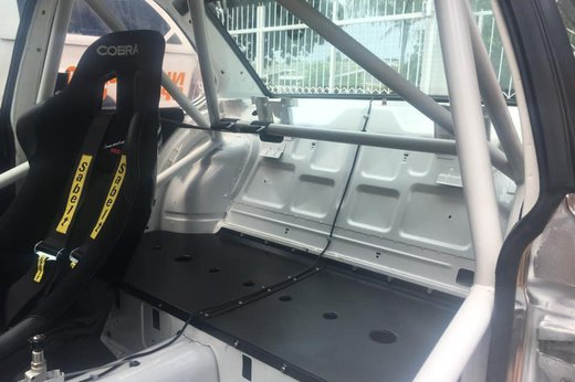 BMW Race car (6).jpg