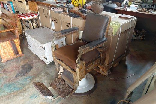Barber chair Kochs (6).jpg