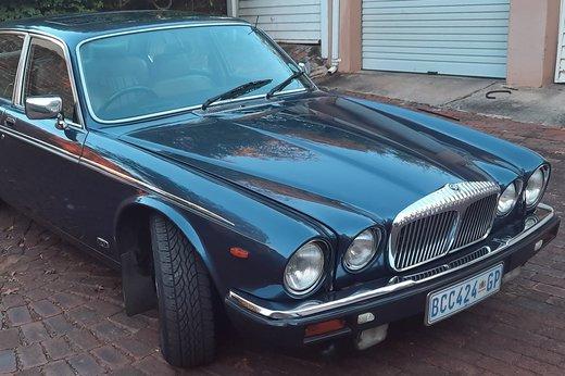 Daimler Double Six Jan (11).jpg