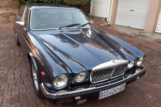 Daimler Double Six Jan (22).jpg