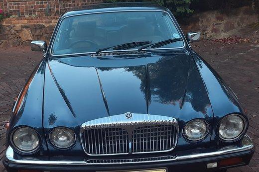 Daimler Double Six Jan (37).jpg