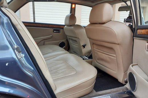 Daimler Double Six Jan (49).jpg
