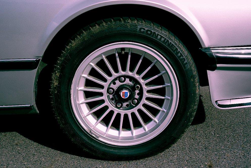 Dike BMW 635 CSi Alpina 130.jpg