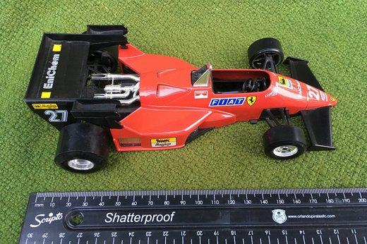 F1 Ferrari 126 C4 Turbo (2).jpg