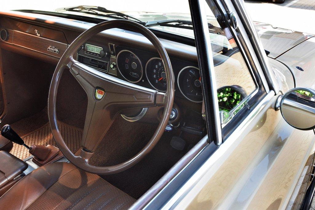 Ford Taunus Interior 001.jpg