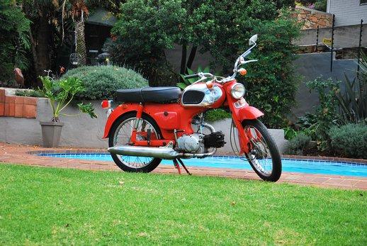 Gawie Honda Bike (1).jpg