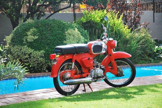 Gawie Honda Bike (5).jpg