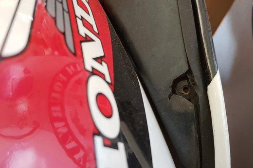 Honda VF500 Auction fairing damage 2.jpg