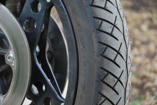 Honda VF500 Auction tyre.jpg