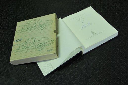 Jaguar book German (5).JPG