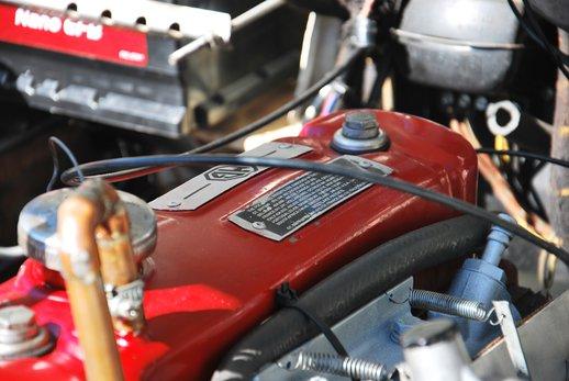 LOT-000045_MG Magnette RP (16).jpg