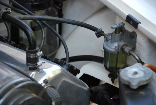 LOT-000074_Daimler Dart (35).jpg