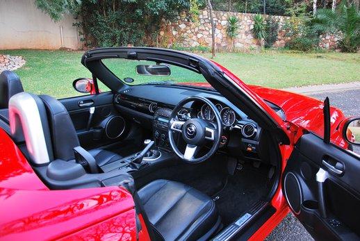 LOT-000148_Mazda MX5 (33).jpg