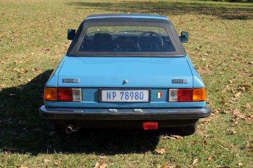 Lancia Beta Spider (14).JPG