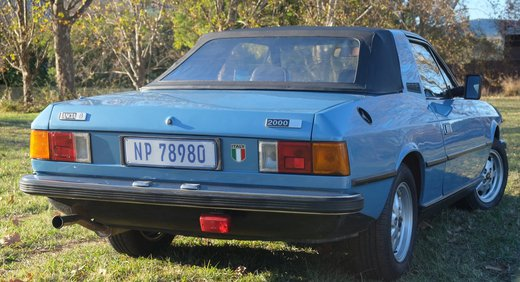 Lancia Beta Spider (3).JPG