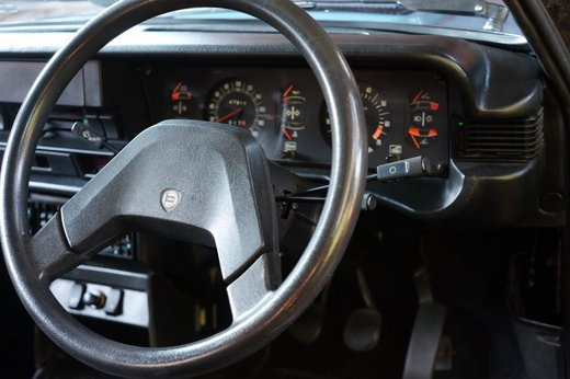 Lancia Beta Spider (4).JPG