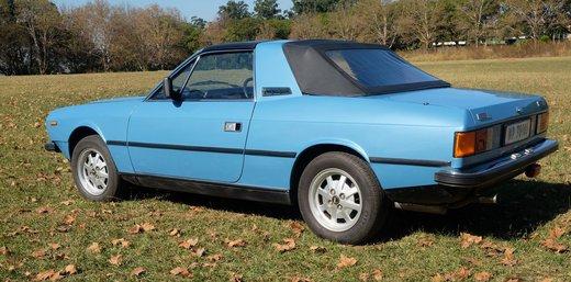 Lancia Beta Spider (5).JPG