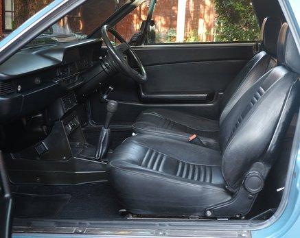 Lancia Beta Spider (7).JPG