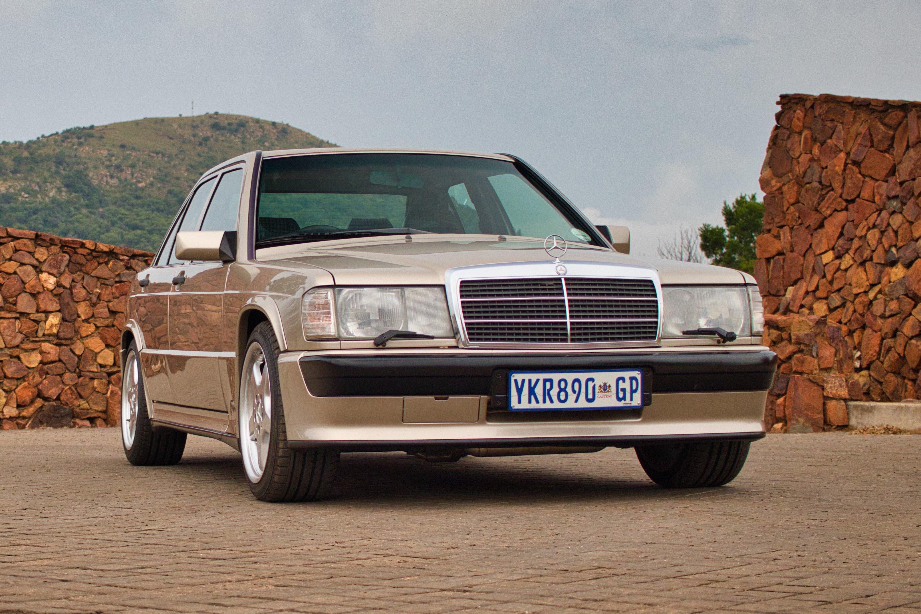 Mercedez-Benz 190E 2.5-16 Cosworth Turbo