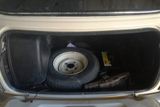 Mini Clubman 1275 1971 int4.jpg