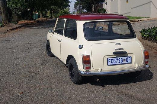 Mini Rear 34L.jpg