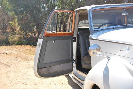 More Bentley (24).jpg