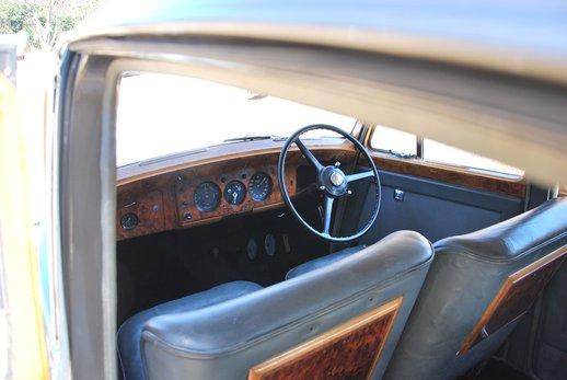 More Bentley (30).jpg