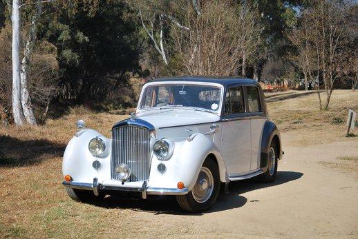 More Bentley (5).jpg