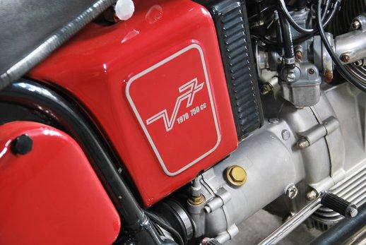 Moto Guzzi (1).jpg