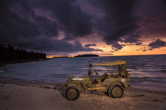 JEEP CELEBRATES 80 YEARS IN ELECTRIC STYLE