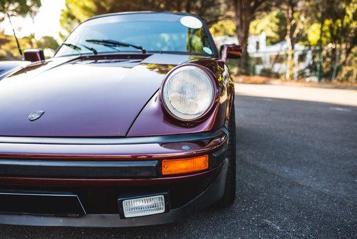 Porsche 911SC Targa Burgendy (5).jpg