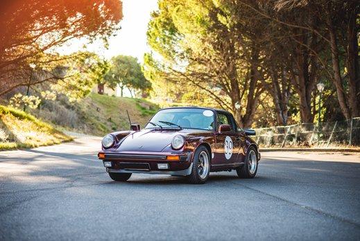 Porsche 911SC Targa Burgendy (9).jpg