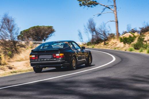 Porsche 944 Turbo Gallery (2).jpg