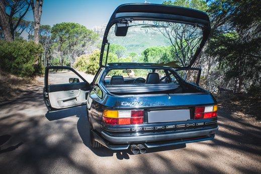 Porsche 944 Turbo Gallery (34).jpg