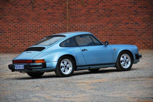 Porsche Carrera 3.2 (21).JPG