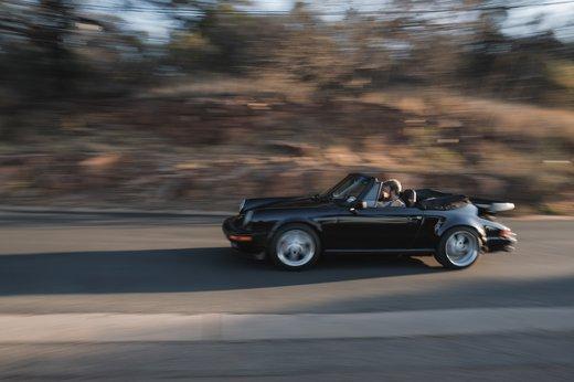 Porsche Carrera Cab JVD (30).jpg