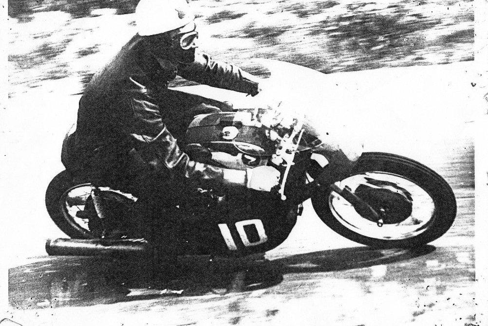 SA-race935.jpg
